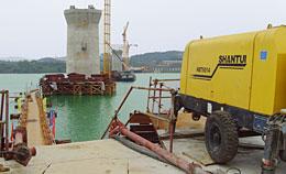 山推混凝土泵车助力桥梁施工